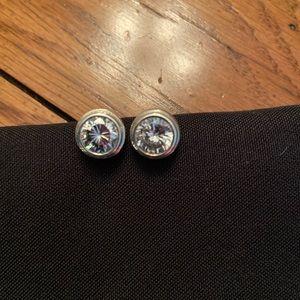 Silpada rare bezel set cubic zirconia earrings